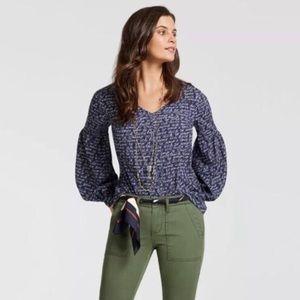 Cabi Te Amo blouse spring 2018 - sz M (D2)